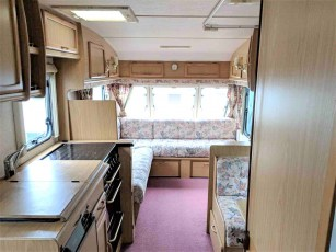1999-bailey-pageant-moselle-for-sale-at-torksey-caravans-(3)