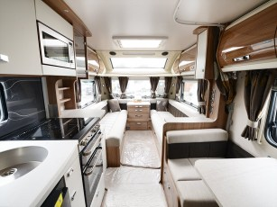 2015-swift-elegance-530-12