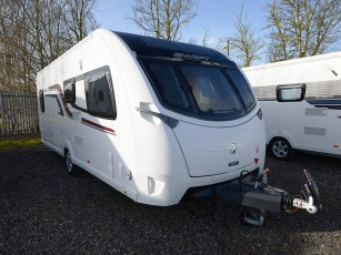 2015-swift-elegance-570