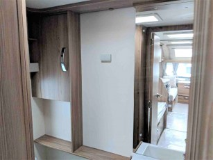 2019-swift-challenger-565-for-sale-at-torksey-sheffield-caravans-(12)