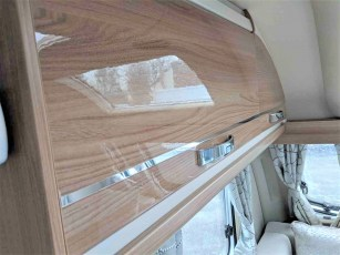 2019-swift-challenger-565-for-sale-at-torksey-sheffield-caravans-(9)8