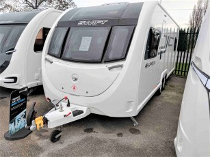 2019-swift-sprite-quattro-fb-for-sale-at-torksey-sheffield-caravans-(1)