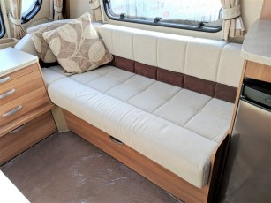 for-sale-swift-conqueror-480-alde-2011-torksey-caravans-(9)