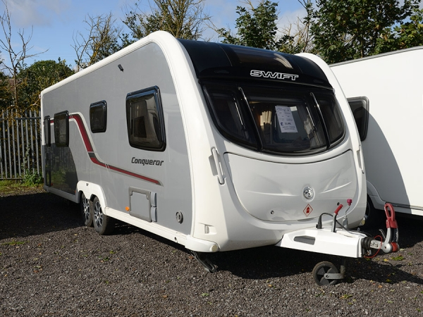 2011 Swift Conqueror 645