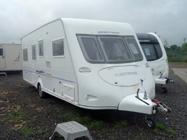 2006 Fleetwood Heritage 560/4