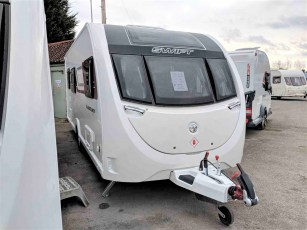 2019-swift-aventura-m6-for-sale-at-torksey-seffield-caravans-(2)