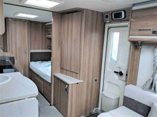 2019-swift-challenger-565-for-sale-at-torksey-sheffield-caravans-(7)