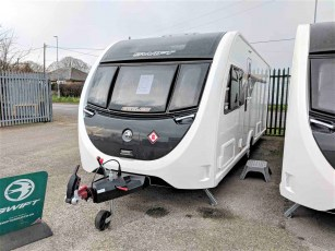 2019-swift-eccles-580-for-sale-at-torksey-and-sheffield-caravan