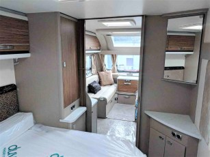 2019-swift-eccles-580-for-sale-at-torksey-caravans-(3)