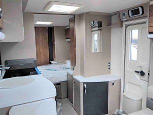 2019-swift-eccles-580-for-sale-at-torksey-caravans-(7)