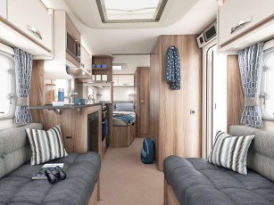 2019-swift-sprite-alpine-4-caravans1