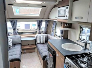 2019-swift-sprite-alpine-4-for-sale-at-torksey-sheffield-caravans-(3)