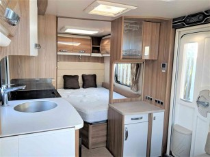 for-sale-2015-swift-elegance-570-torksey-caravans-(7)