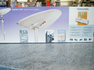 grade-uk-vision-plus-status-560-digital-antenna-system