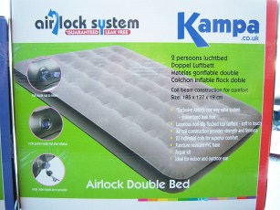 kampa-airlock-double-bed