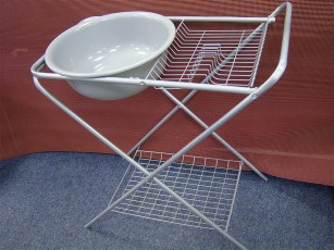 kampa-washing-up-stand-with-bowl