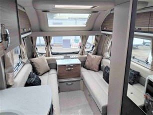 swift-eccles-590-for-sale-at-torksey-sheffiled-caravan-(4)