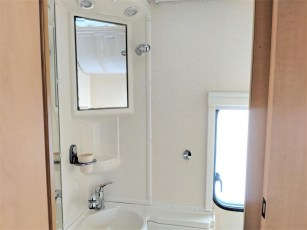 used-caravan-for-sale-2006-bailey-pageant-auvergne--torksey-caravans-(10)