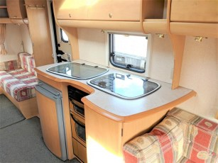 used-caravan-for-sale-2006-bailey-pageant-auvergne--torksey-caravans-(12)