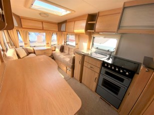used-caravan-for-sale-2010-coachman-wanderer-450-torksey-caravans-(3)