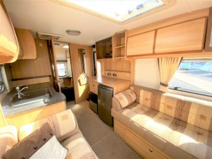 used-caravan-for-sale-2010-coachman-wanderer-450-torksey-caravans-(5)