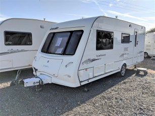 used-caravan-for-sale-elddis-crusdaer-typhoon-2007-torksey-caravans-(1)