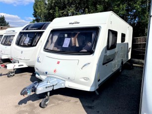 used-touring-caravan-for-sale-2014-elddis-majestic-505-torksey-caravans-(1)